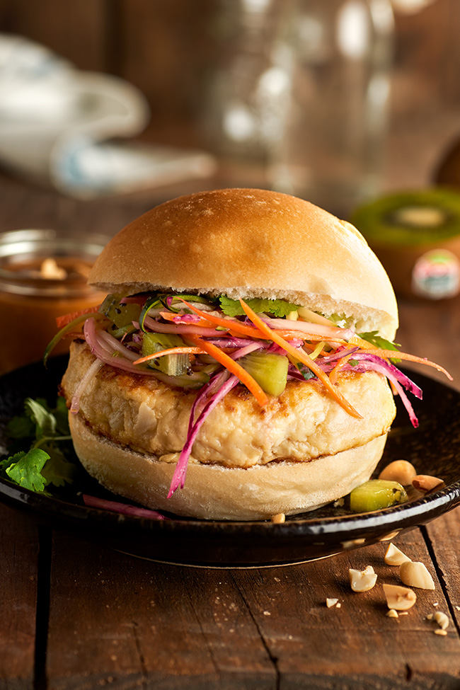 Recipe19_kiwifruit_chicken_burger.jpg